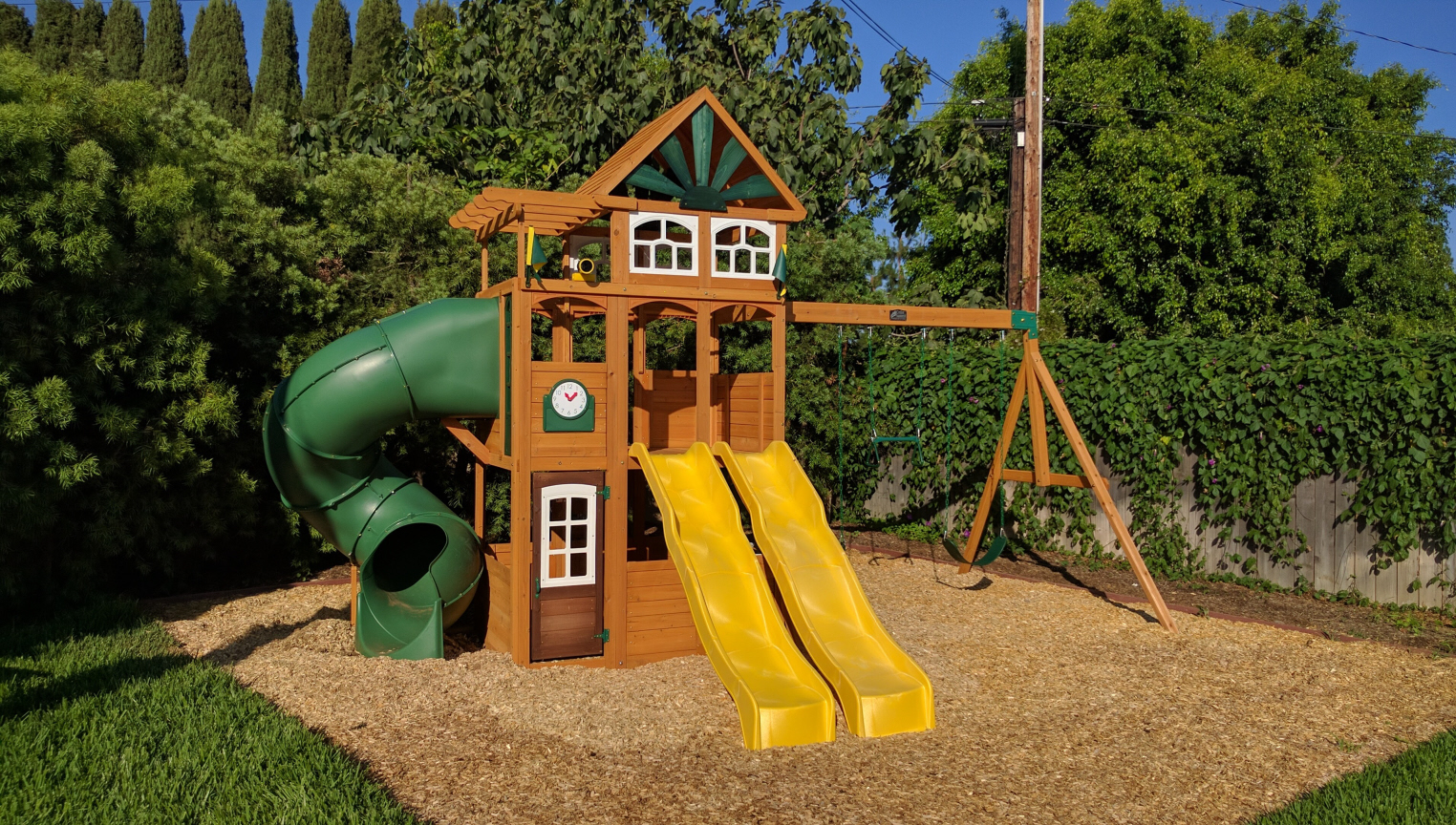 Playsets Cedar Summit Malibu Deluxe I With Amber Posts